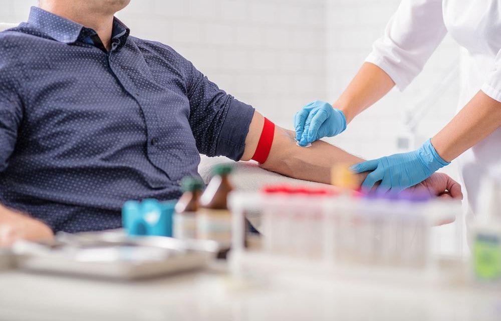 La lymphopénie : causes, symptômes et traitement
