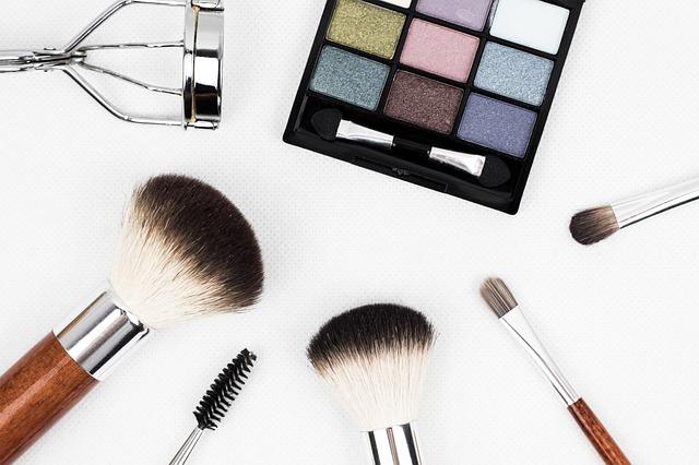 Quel est l'intérêt d'une brosse nettoyante du visage?